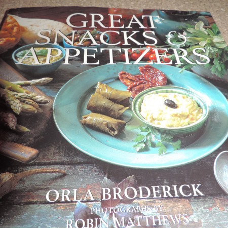 Great Snacks & Appetizers Book