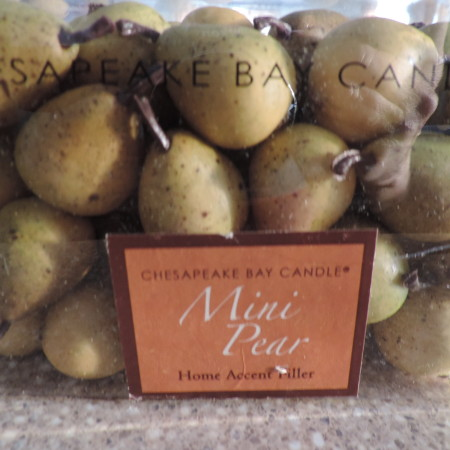 Chesapeake Bay Candle Company  Mini Pears NEW