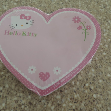 Hello Kitty Heart Pink Sticky Memo Pad NEW