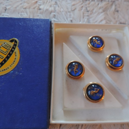 """Button Covers """"Virgo""""  By Dutch Sportstones NYC NEW"""