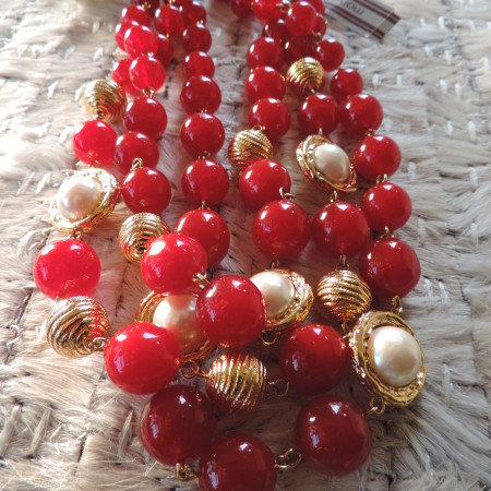 Marvella 18″ Pearl, Gold Balls, Burgundy Balls, Gold Clasp Necklace NEW