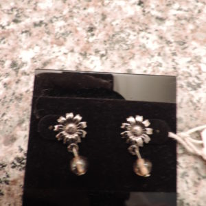 Sterling Silver Pierced Daisy Earrings