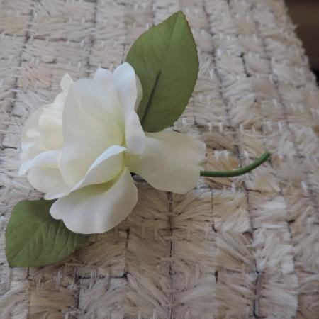White Flower Pin NEW