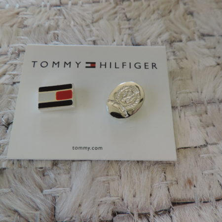 2 Pins — Tommy Hilfinger NEW