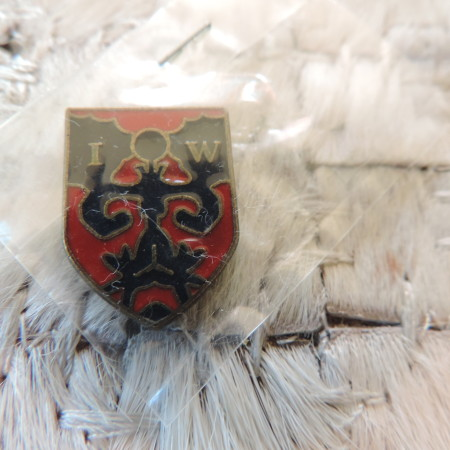Coat Of Arms Pin NEW
