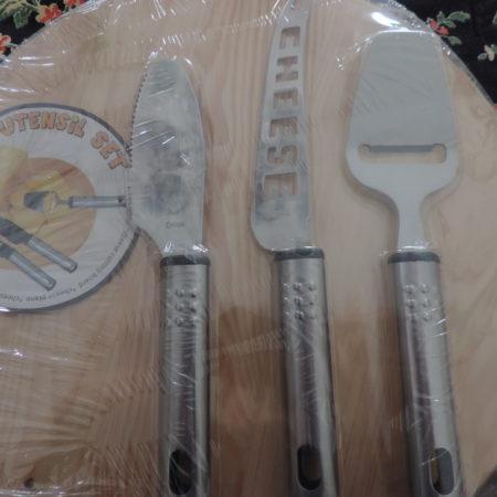 Cheese Cutting Circular Board W/ 3 Cheese Cutter Utensil  NEW