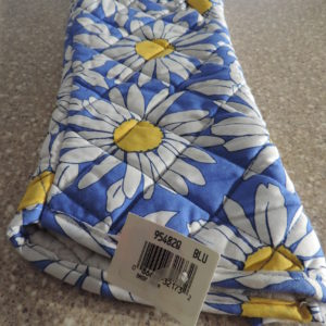 Oven Mitt Xtra-Long > Blue Background With White Daisies NEW