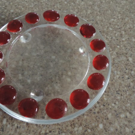 Candle Holder Clear Glass W. Red Dots Around It > Diameter 4 3/4″