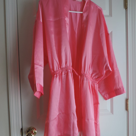 Victoria's Secret Short Satin Robe Pink W/belt W/black Tassel On End> Size M/L