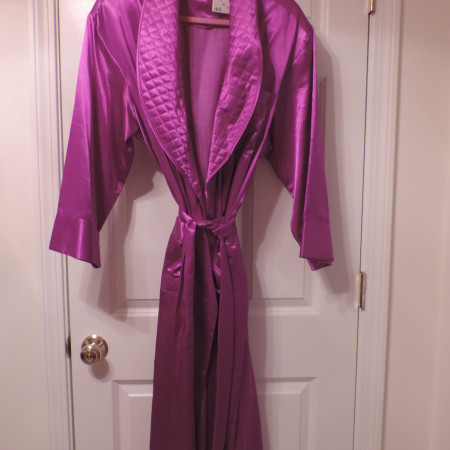 Victoria's Secret Long Robe Purple, Quilted Lapels  W/belt W/ Tassel  Ends> Size M/L NEW