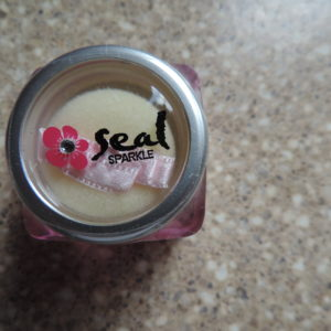 Seal Sparkle – Silver Glitter With Little Puff > NEW