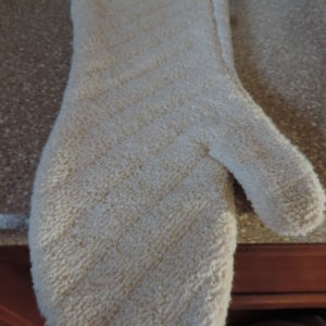 Oven Mitt Xtra-Long > Cream Terrycloth W/ Black Trim NEW