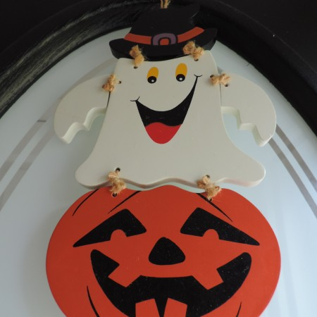 Ghost/pumpkin Door Hanger 10″ Wooden