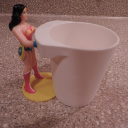 Wonder Women Cup Plastic Collectible NEW
