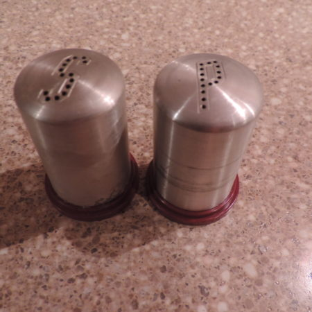 Salt & Pepper Shaker Vintage Metal