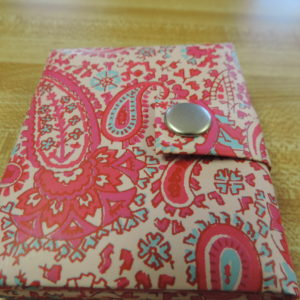 Photo Album Mini Pink Paisley — Holds 3 Photos And Snaps Shut NEW