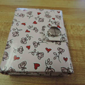 Photo Album Mini Hearts & Flowers — Holds 3 Photos And Snaps Shut NEW
