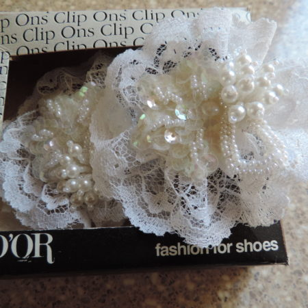 Shoe Clips – White Lace, Sequins & Pearls NEW