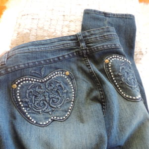 Apple Bottoms Jeans W/ Apples On Back Pockets That Have Studs Around Them Size 13/14 NEW