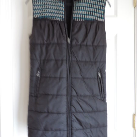No Sleeve Tunic Vest Nylon Front Black Knit Back Zip Up Size XL NEW
