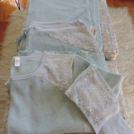 Thermal Pajama Set Pants Are Ankle Length And Top Both Size XL NEW