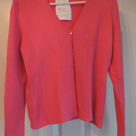 Chloe Rosey Pink Sweater Button Up Size L NWT