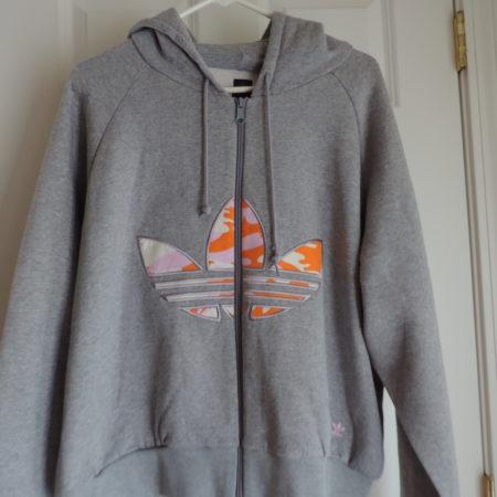 """Adidas """"Missy Elliot"""" Gray Hoodie W/ Camo Trefoil Logo On Front Size 2XL NEW"""
