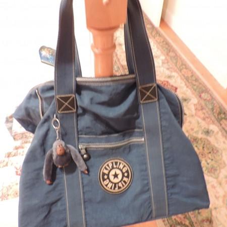 Kipling Teal Large Travel Bag Zip Top, Extends On Both Sides, Zip Pocket Inside, Outside Zip Pocket