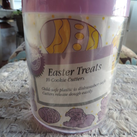 Easter Cookie Cutters – Wilton 10 Easter Treats NEW