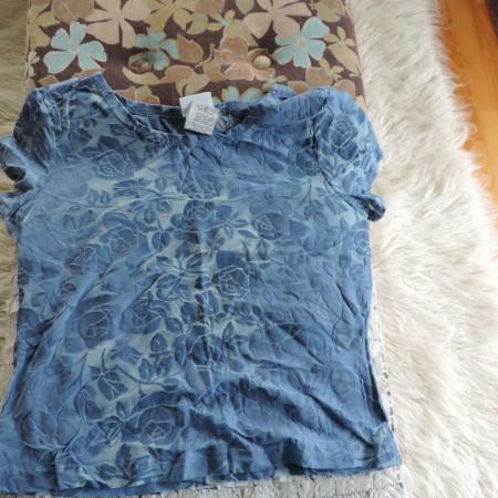 Oscar De La Renta Blue Floral Burn-out Illusion T-shirt NEW Size Large