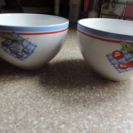 Crate & Barrel Fruity Bowls Set Of 2 — White With Fruits On Them