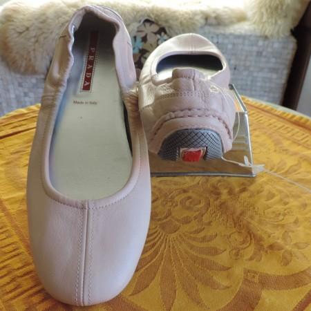 Prada Shoes Blush Pink Leather Ballet Flats NWT Size 10